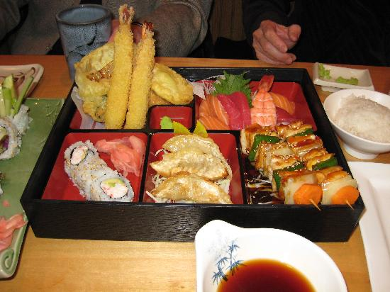 Sushi House: House Special Dinner