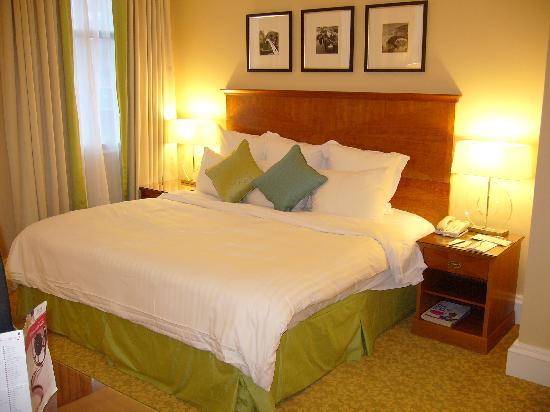 Birmingham Marriott Hotel: Nice comfortable bed