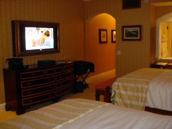 Fairmont Grand Del Mar: If I Could've Fit the TV in My Suitcase...