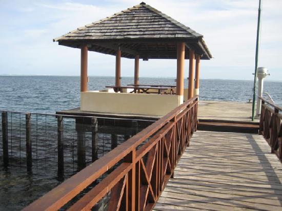 Hiti Moana Villa : the end of the jetty - can swim off it in lagoon