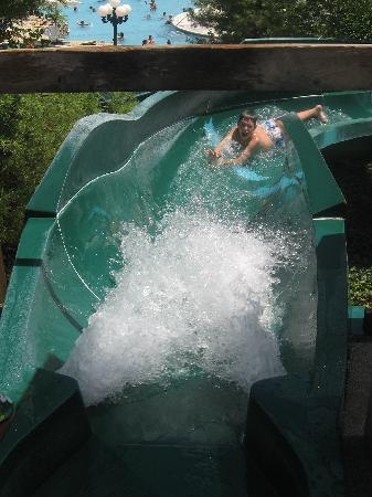 Tan-Tar-A Resort, Golf Club, Marina & Indoor Waterpark: waterslide!