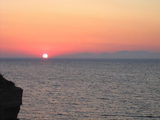 Almyra Studios: Great sunset!
