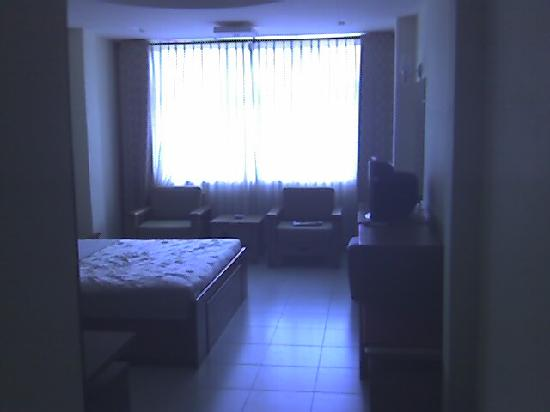 Ngoc Ha Hotel: bed room