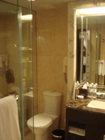 Premier Grand Tower - Bathroom