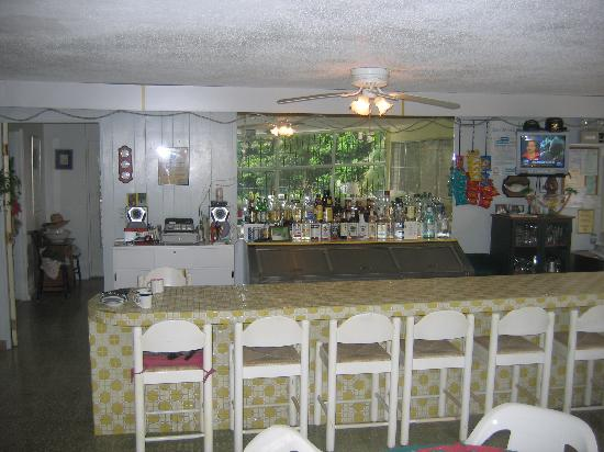 Ceiba Country Inn: Breakfast area