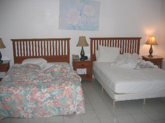 Ceiba Country Inn: The beds