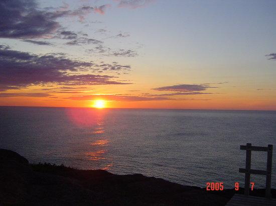 เซนต์จอห์นส์, แคนาดา: Sunrise - St John's