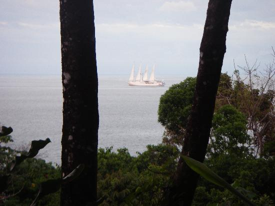 La Paloma Lodge: ship viewed from our balcony
