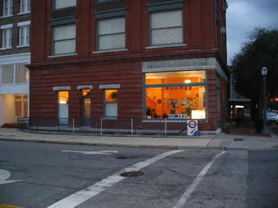 Tarboro, Karolina Północna: Underground Pub