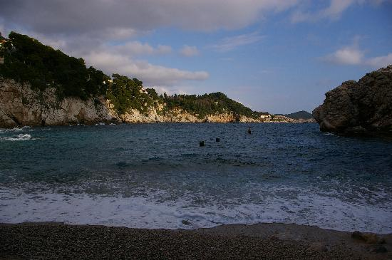 Hotel Bellevue Dubrovnik : The Private Beach