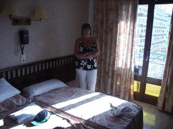 Hotel Alhambra: Hotel room