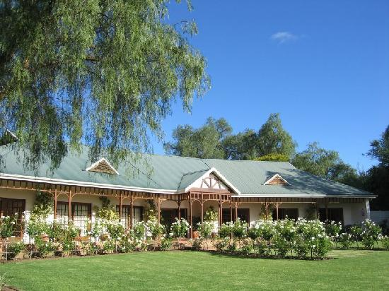 Hlangana Lodge: Our building (there are two)