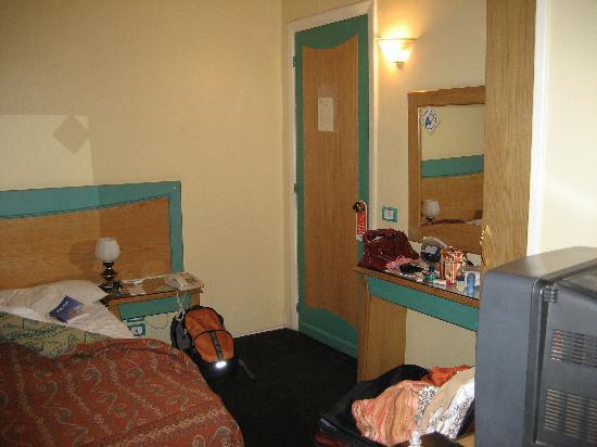 Caroline Crillon Hotel: Room shot