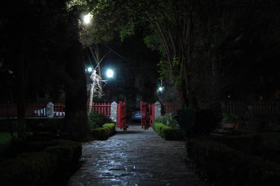 Hotel Rancho El Morillo Front Gate
