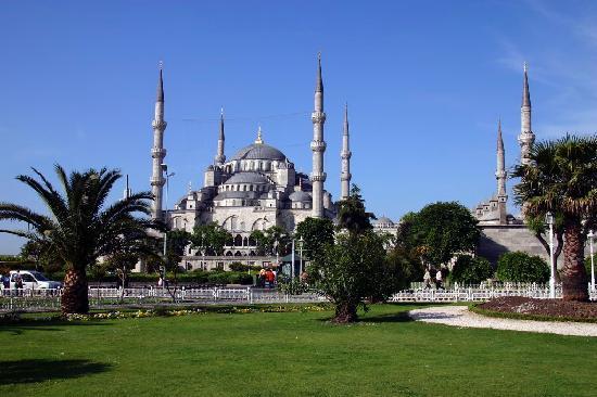 Inside Blue Mosque - Sultan Ahmet Camii - in Istanbul - Bild von Blaue Mosche...