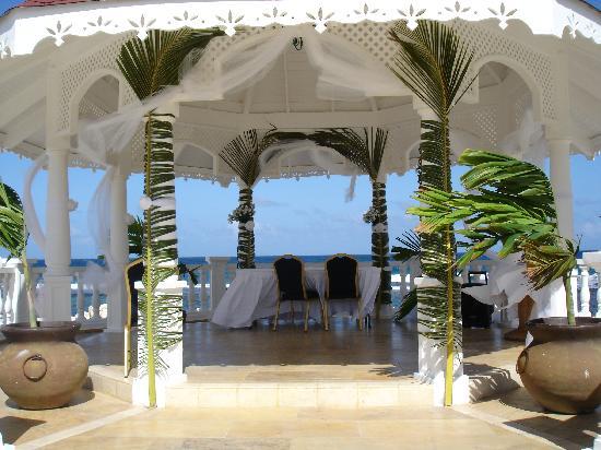 Grand Bahia Principe Jamaica Gazebo Set Up For A Wedding