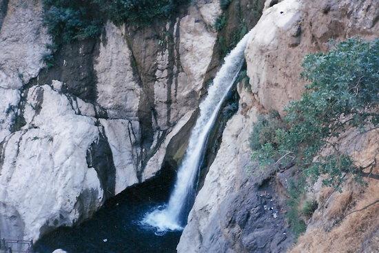 Shalmash Waterfall: Photo 6