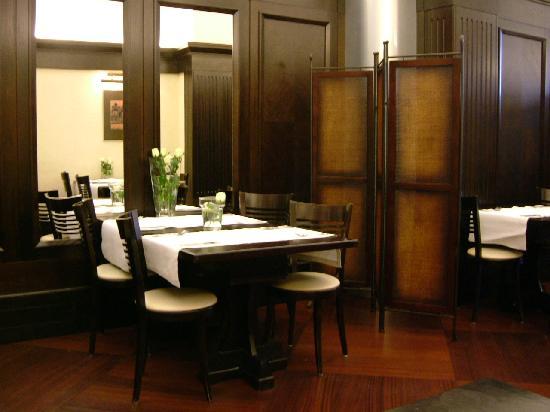 Brovaria : breakfast room