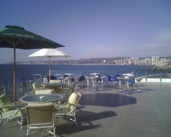 Sheraton Miramar Hotel & Convention Center: Back Patio