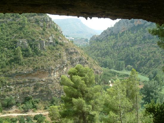 La Casa Serena: A view from the cave in chulilla