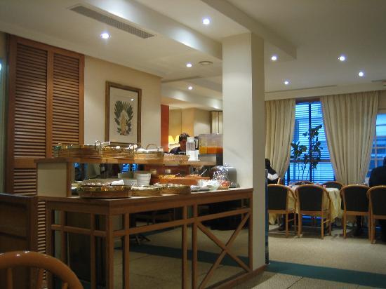Floride Etoile Hotel: SALA DE DESAYUNOS