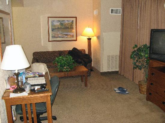 Homewood Suites by Hilton Bakersfield: Living area