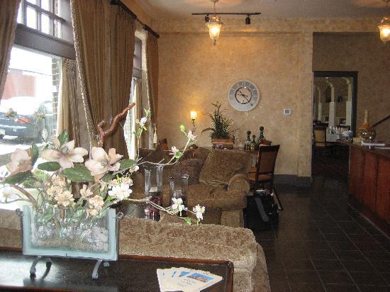 Hotel Condon: Hotel lobby 2