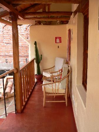 Hotel Casona les Pleiades: Our own little chill space where we enjoyed a complementary coca tea
