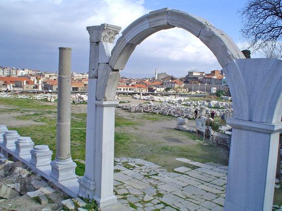 Измир, Турция: Izmir, roman agora (very poor)
