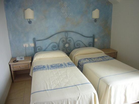 Cannigione, Italie : La chambre