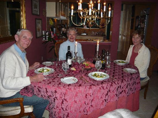 Dickinson Guest House: Dinner for my friends