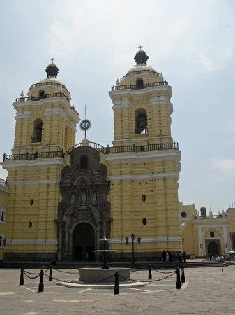 Iglesia y Convento de San Francisco: Lima Cathedral