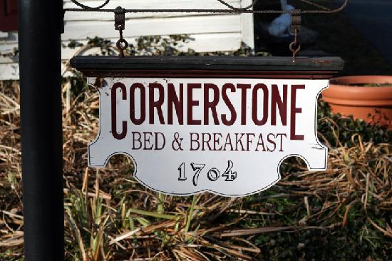 Cornerstone Bed and Breakfast: Sign