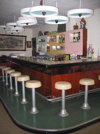 Miami Hotel: coffee shop bar