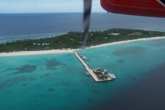 Kuredu Island Resort & Spa: Kuredu by sea plane
