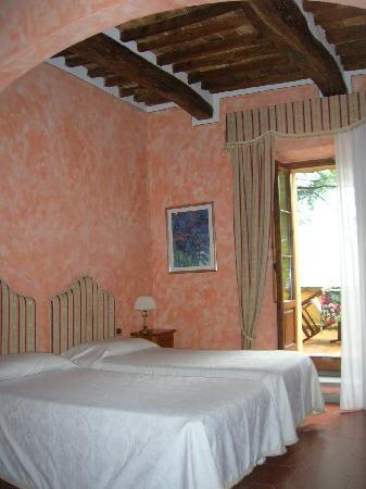 Palazzo al Torrione 2: una camera attigua alla nostra