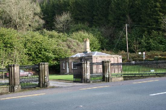 Salterbridge Gate Lodge : the lodge from the road