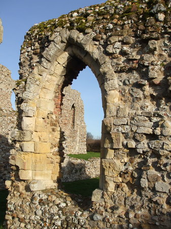 Графство Саффолк, UK: Leiston Abbey nr Southwold / Aldeburgh