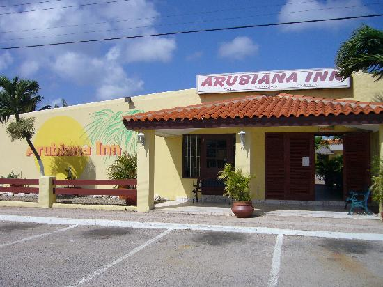Arubiana Inn: Entrance