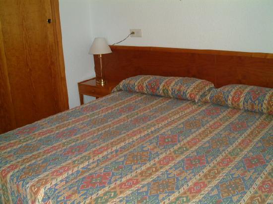 Villa Alexia: Double bedroom in 2 bedroom apat
