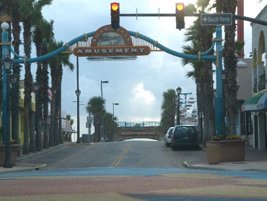 Beach at Daytona Beach: Entry to Boardwalk Daytona Beach