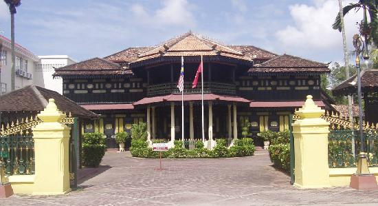 Kota Bharu, Malaysia: Istana Jahar is a museum. Visit it to see how an old Malay Palace look like