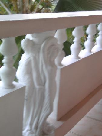 Hotel Chez Marie Alish: balcony railing
