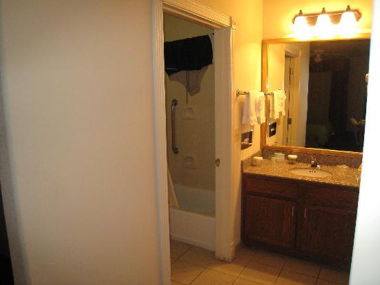 Homewood Suites by Hilton Houston - Woodlands: Bathroom
