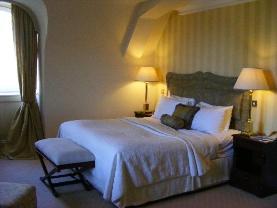 Hayfield Manor Hotel: Room 311