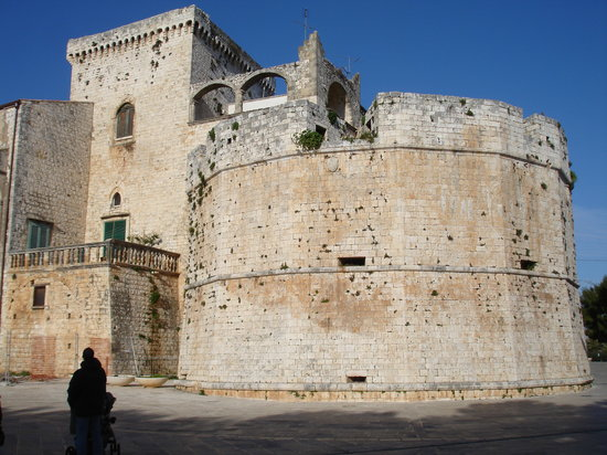 The 10 Best Things to Do in Conversano, Italy