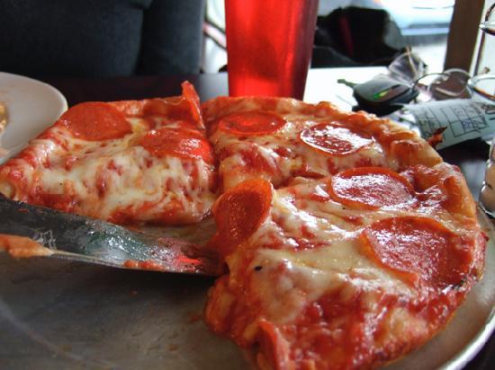 Anthony's Ristorante & Wine Bar: Personal Pizza