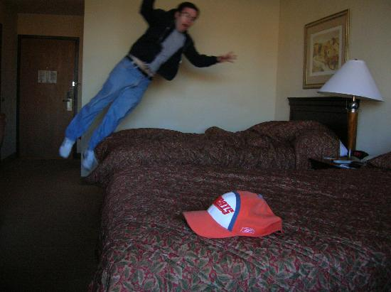 Best Western Plus Sterling Hotel & Suites : Me flying through the room