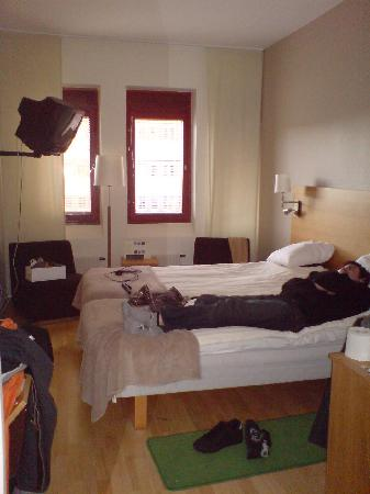 Quality Hotel Winn Haninge: Our Room, Please ignore our junk and my lazy bf not moving ;)