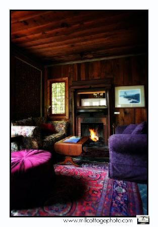 The Jenner Inn: cozy fireplace